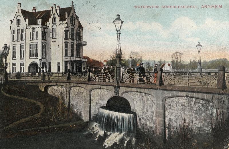 - Arnhem (NL) - Bothabrug - St. Jansbeek - Art Nouveau gebouw - Hotel Molendal