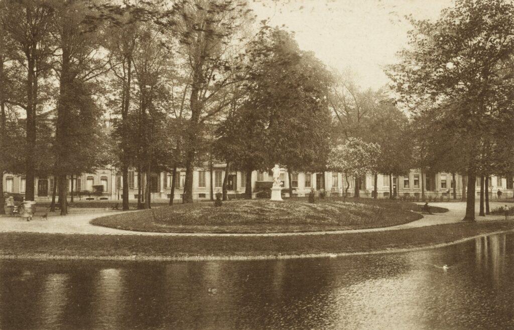 Arnhem-Lauwersgracht-Eusebiusbuitensingel-Pluto-Ignatius van Logteren