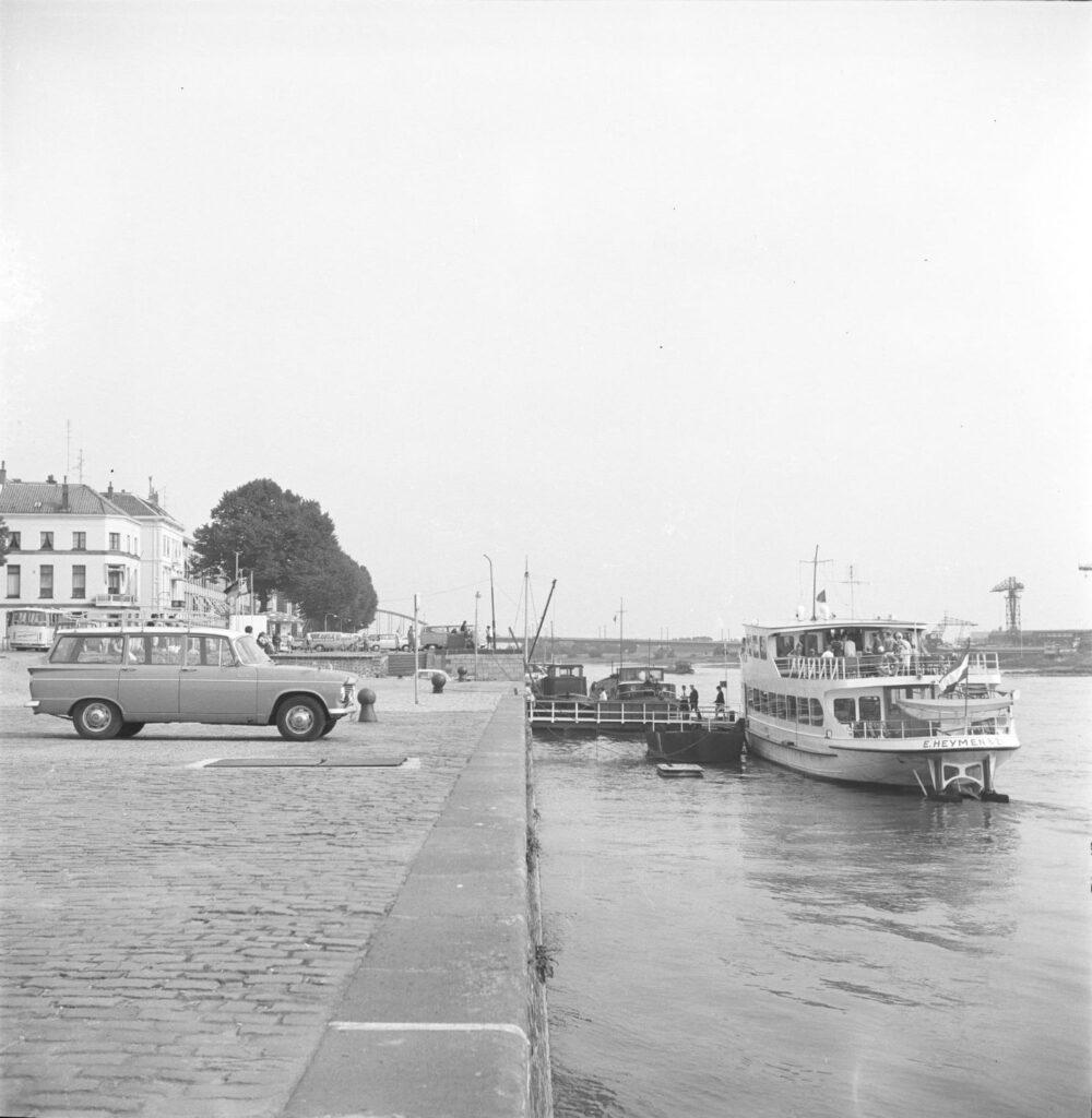Arnhem-Rijnkade-ASM-scheepswerf-1971
